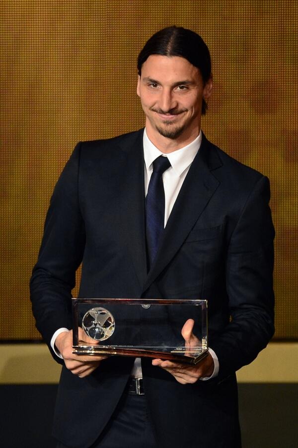 Zlatan Ibrahimovic wins the 2013 Puskas Award for a goal scored in 2012!!!!