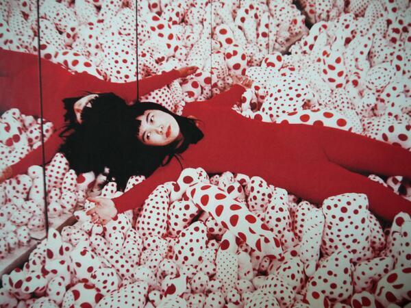 Obsesión Infinita, la exposición de Yayoi Kusama estará en el Palacio de Bellas Artes a partir del 25 de septiembre. http://t.co/SAqP0JQfjF