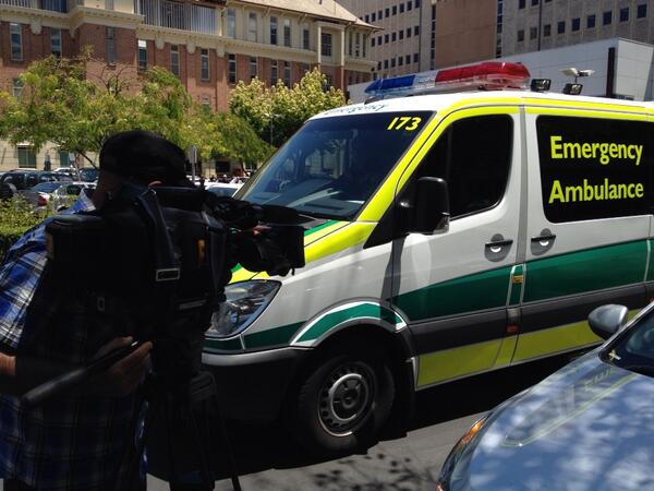 About a 12% increase in workload for paramedics in the heat #heatwave @abcnews http://t.co/kxqz2ESqo5