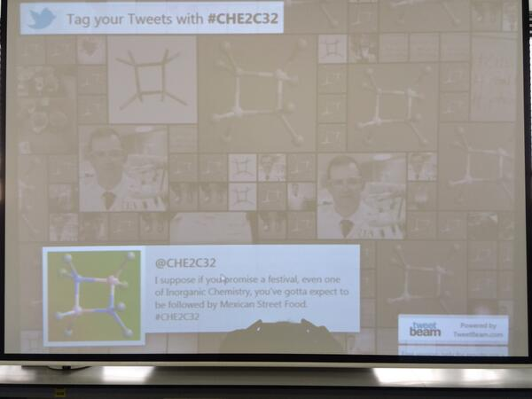 Using @TweetBeam in the #CHE2C32 teaching lab #realtimechem #phonarchem http://t.co/AnnwZN4MWw