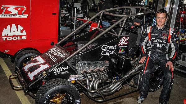 .@kaseykahne and Tony Stewart teamed up for Jason Leffler tribute at Chili Bowl. http://t.co/nhEXq9JwHP http://t.co/OyhwajRZky