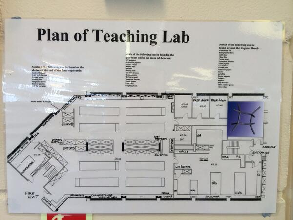 #Phonarchem in the #CHE2C32 teaching lab http://t.co/EovCFApBNN
