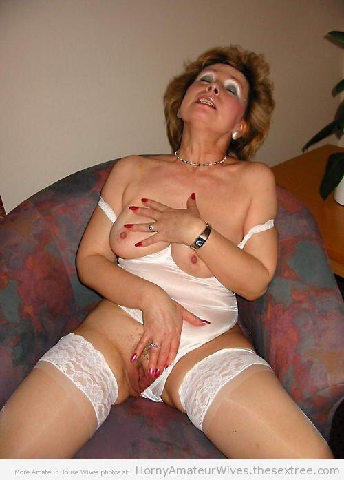 Milf Amateur Wife Mom Mature