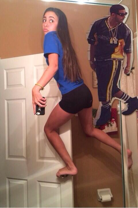 "selfie game strong on twitter: ""selfie game drake #selfiegame"