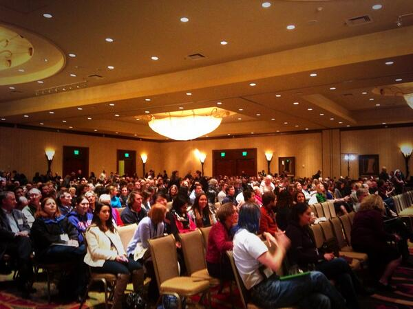 Good looking crowd at the #SICB2014 plenary http://t.co/lAQPQVDt6K
