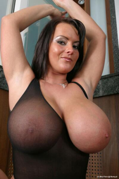 (Wonderful) natural jugs chubby hairy how you treat