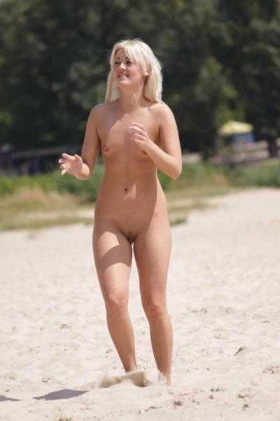 blonde-shaven-nudist-beach-first-oral-sex-in-history