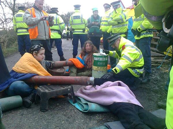 Three amazing women blocking the Barton Moss #fracking site with concrete lock-ons right now http://t.co/bJV5mlTc1D