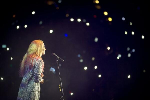 @ddlovato we're here for you, love Lovatics #MusicFans #PeopIesChoice http://t.co/L8ld18dl9E