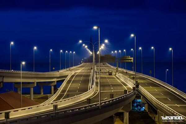 Beautiful Penang Bridge 2nd link! Opening in Feb 2014. Photo by Nikko Tan #georgetown #penang #malaysia http://t.co/vVplhpkAW2
