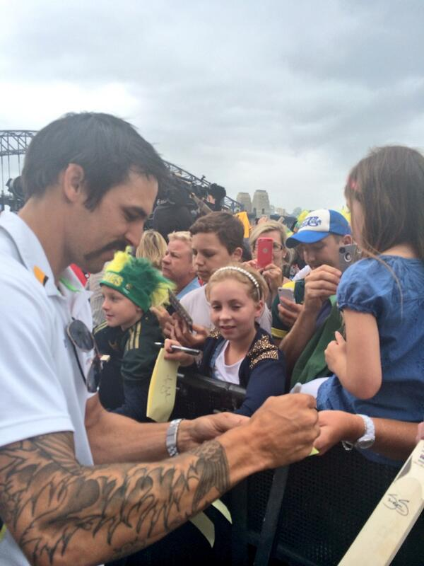 Mitch Johnson and his soon-to-be-shaved moustache signing some autographs #ashes http://t.co/r0KOuWrWTq