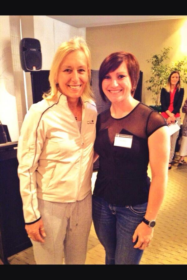 Highlight to meet @Martina  Thank u @stevebaldas @WTC_Adelaide @sjdawesa @PAFC for this moment! http://t.co/iGy6haSHLk