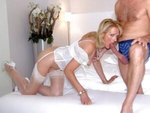 Mature lingerie blowjob