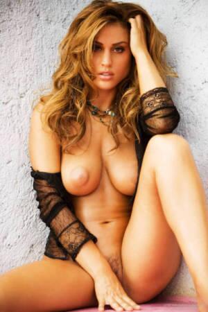 Naked italian tits