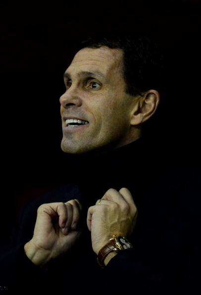 Gus Poyet is so happy to be beating Man United that his head is floating