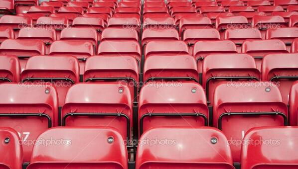 Sunderland fans celebrate taking the lead against Manchester United. http://t.co/kSNaF7TxLB