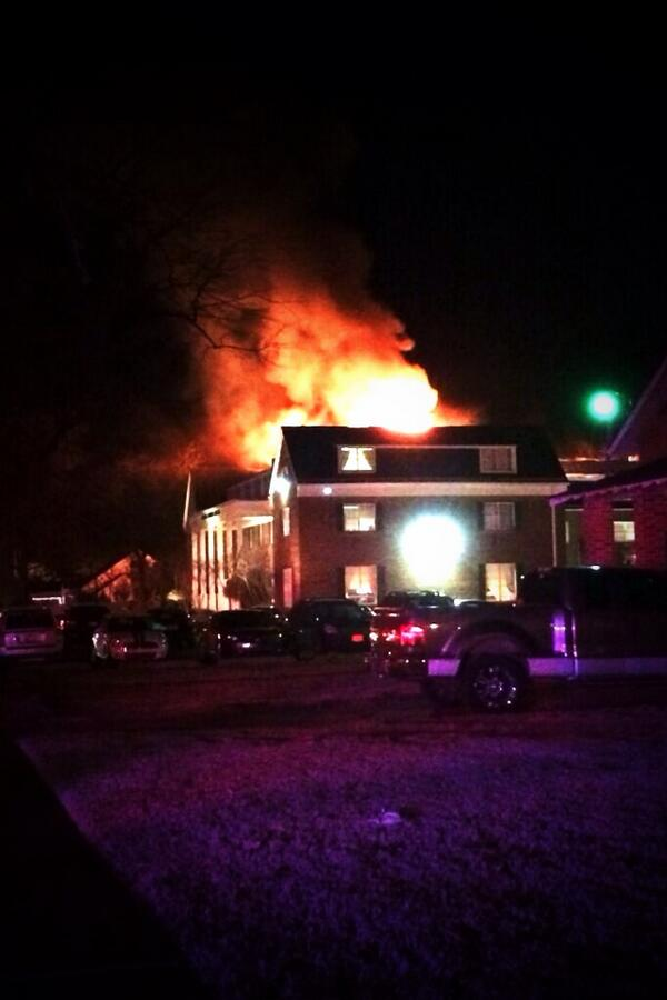 Breaking: Norman FD at scene of AGD Sorority House fire on OU's campus. http://t.co/N5kY9VKYsR