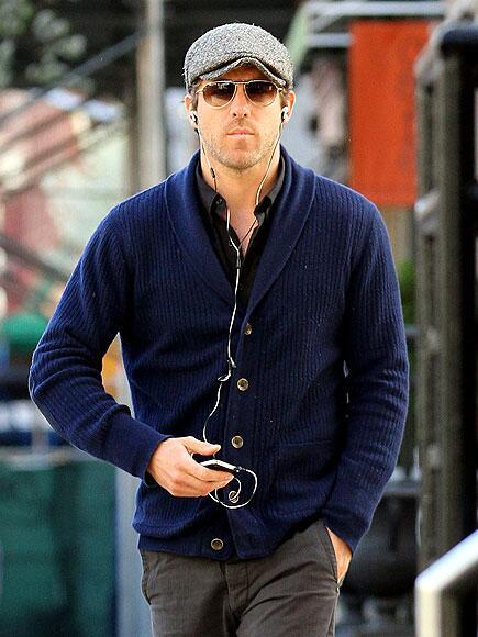 シャツ・カジュアルで爽やか。メンズセレブのファッション  ライアン・レイノルズ   #メンズファッション #fashion
