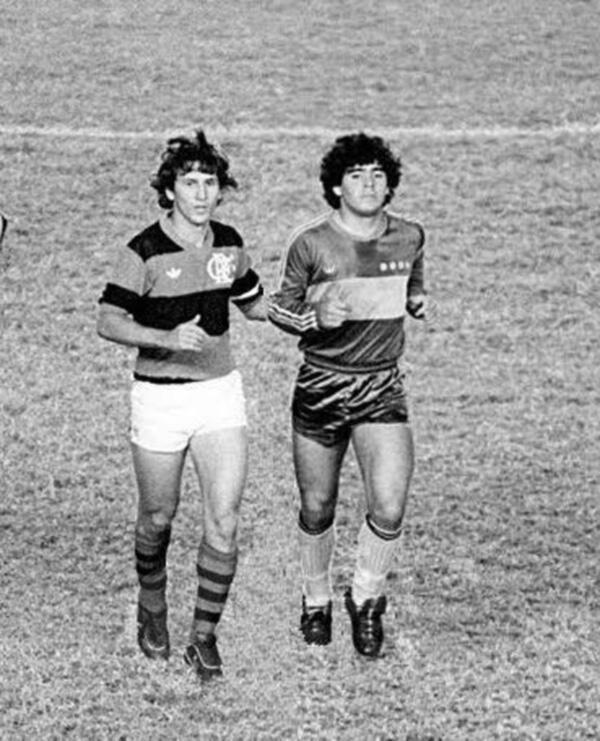 "Fútbologia on Twitter: ""Zico + Diego Maradona (1981 ..."