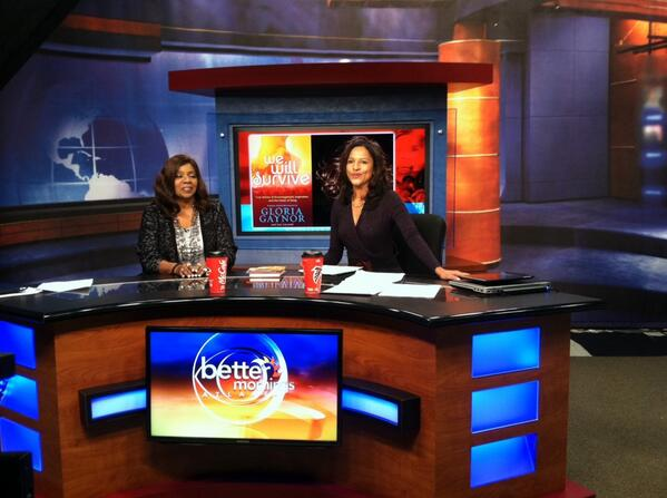 That's @gloriagaynor on the @BetterMornings set! We're honored to have her here this morning! http://t.co/jYzZYkW3sP