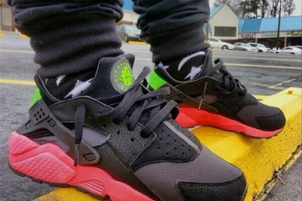 RT  TheShoeGame  Thoughts on this Nike Air Huarache 2014   http   theshoegame.com articles nike-air-huarache-fall-2014.html  …pic.twitter.com 25nKxW06mJ 35a55b83712b