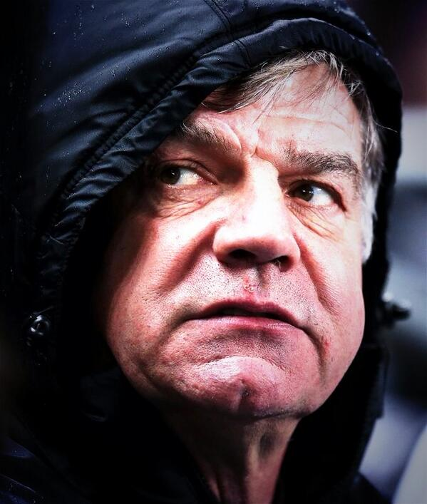 West Ham fans at Man City turn on Sam Allardyce following successive humiliations [Tweets]