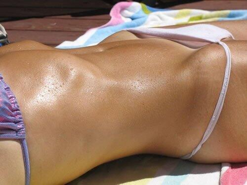 Sexy bikini bridge pics