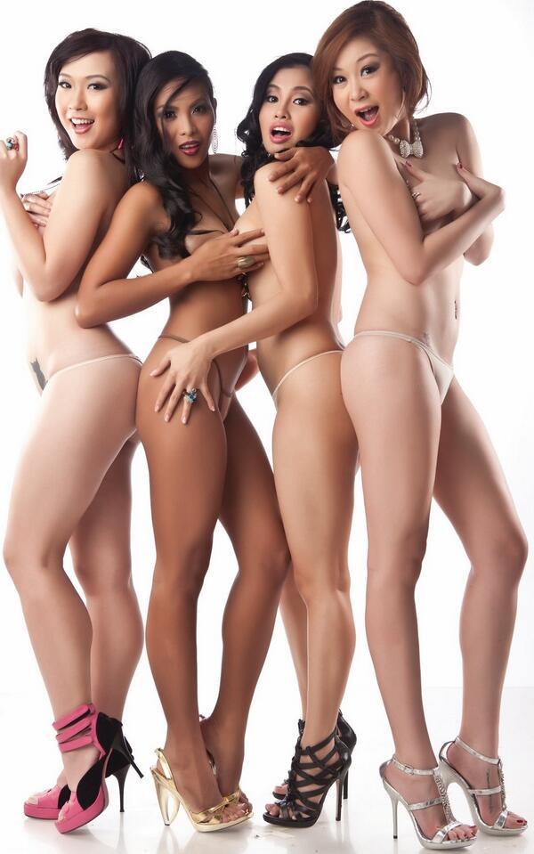 Nude girls beautiful fuck in heels