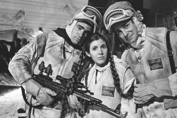 Chewbacca Actor Tweets Star Wars Set Photos