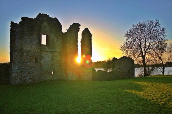 "Want to visit #Fermanagh! #irelandsunrise ""@barrabest: Sunrise. . Crom Estate, Co Fermanagh. Photo by @_StephanieW1 http://t.co/SIdh1xT2wm"