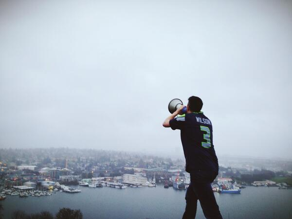 Almost game time and we're screaming it from our rooftop: GO HAWKS! http://t.co/lJQNpn0Ueg