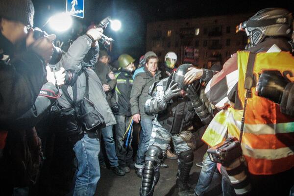 События на пр.Победы текстовый хронометраж, фото, видео