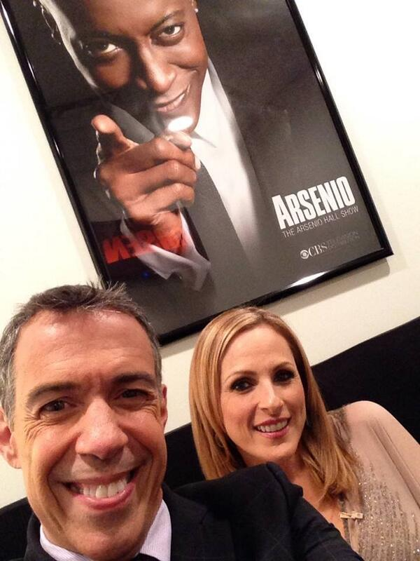 Back on @ArsenioHall TONIGHT doing my sign thing with @MarleeMatlin. BTW, #Arsenio  is one of the NICEST guys EVER http://t.co/q6RHmQGoLd