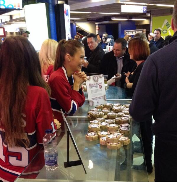 Drop by at the Foundation kiosk in front section 103 to meet @maripiermorin and buy your #mysterypuck ! <br>http://pic.twitter.com/5lqba4GDVO
