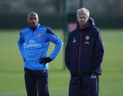 Thierry Henry seen next to Arsene Wenger in Arsenal training earlier today