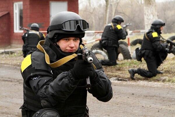 """Януковича в Межигорье охраняет """"тайный Беркут""""?"""