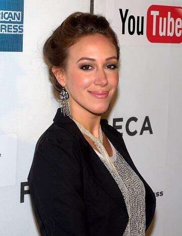 Is dating haylie duff