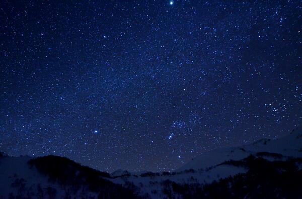 年始に取材した番組、仕上げ終りました。さわやか自然百景「北アルプス乗鞍岳 厳冬」。今週日曜(2/2)の朝07:45から、NHK総合です。雪、ライチョウ、星・・・真冬の乗鞍の絶景をぜひご覧ください。 http://t.co/mvoAES9JSI
