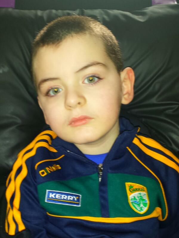 Our little #Liamo ! How about a RT? to help us promote #BattenDisease which took our Saoirse & will soon take Liam! http://t.co/zuESRlen30
