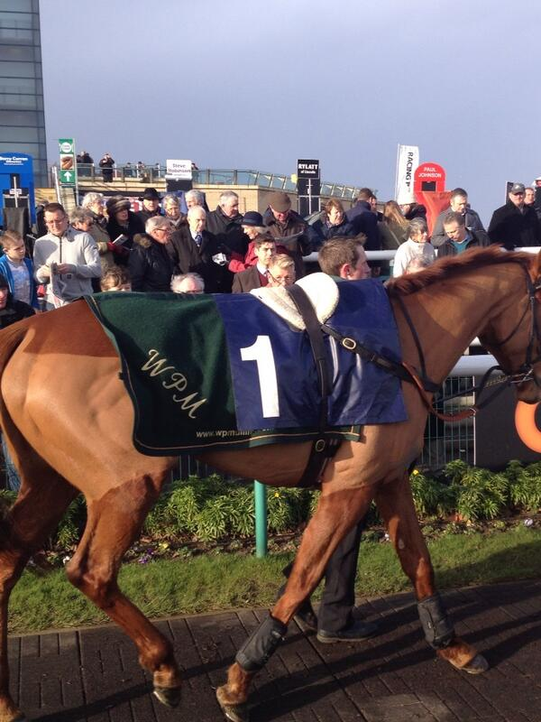 There she is what a beauty Annie power http://t.co/JT4V2jQeMY
