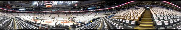 Rally towels ready on every seat for #Raptors #FanNight. #RTZ http://t.co/7prsY1vzY1