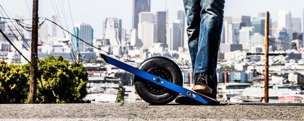 Meet @RideOnewheel The Self-Balancing Electric Skateboard.  http://t.co/YrcgXwIGBD #kickstarter http://t.co/MRFTeGpOGm