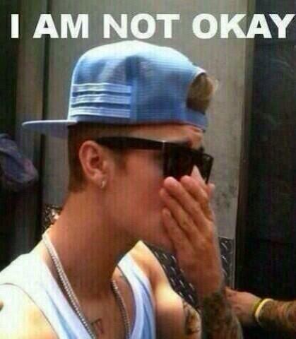 """""""Lil Za does not exist.""""  """"The whole 2009 is back in Panama""""  """"Usher and Justin hugged""""  """"Justin is not in jail"""" http://t.co/wtoc2rz2Z4"""