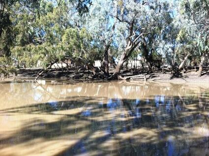 [Pic caption : The river, part of a system that sustained the local Aboriginal people for thousands of years.] http://t.co/5ValFu5Iv2