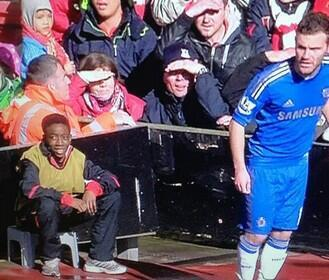 """@TSBible: Danny Welbeck has been scouting Mata for years! http://t.co/rtwy6geENf"" > hahahaha #mufc"
