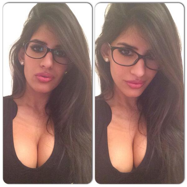 "973bedde47 "" jasminwalia  Love my new Chanel glasses from  VisionExpress thank you! 😍  😘  secretarylook 😉 pic.twitter.com E5yBeYUvRX""head gone. 0 replies 0  retweets ..."