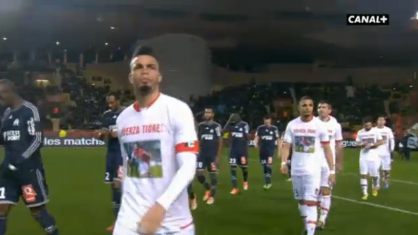 Radamel Falcao watches from hospital bed as Monaco players wear Fuerza Tigre shirts in support [Pictures]