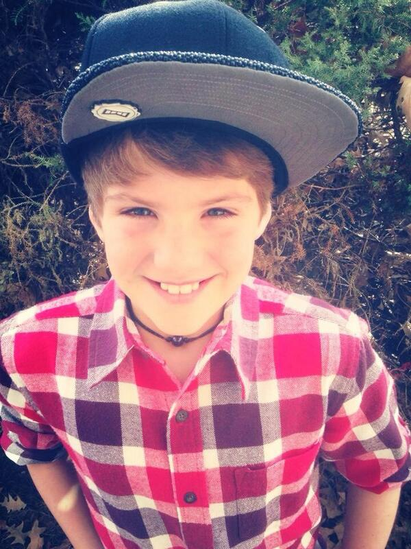Mattybraps On Twitter Hy Sunday Relaxing Resting Http T Co 1lfekekvgx