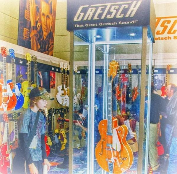 Nothing like that first #teen #crush! Photo by Matt Wilson #NAMM #loveatfirstsight http://t.co/TcmM2490Do