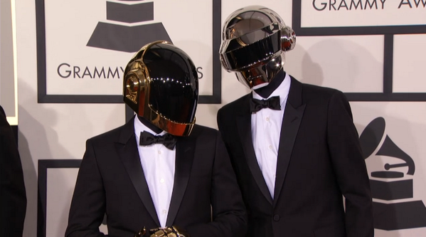 best dressed of the night = daft punk http://t.co/VEdvA4oAkb